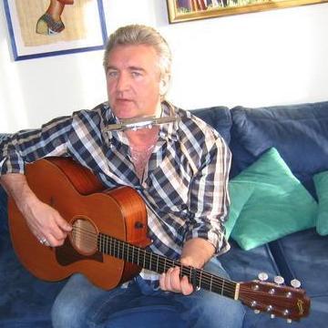 allan Smith, 50, Zurich, Switzerland