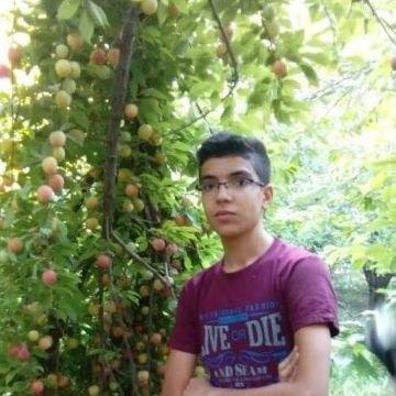 ahmad, 19, London, United Kingdom