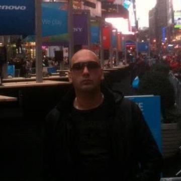 Yuksel, 36, Istanbul, Turkey