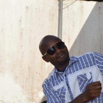 Simon Ogbonna, 37, Lagos, Nigeria