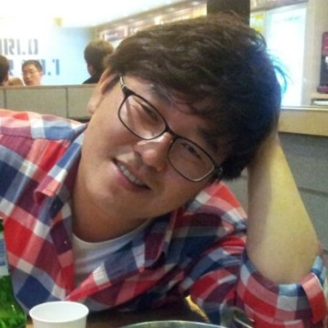 Jeong-seop Kim, 36, Pohang, South Korea