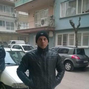 Serkan Paşalar, 39, Manisa, Turkey