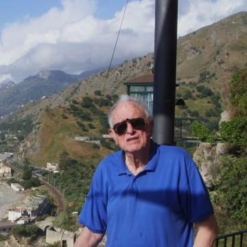 george, 76, Sag Harbor, United States