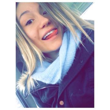 Kimberly Van Gastel, 20, Barrie, Canada
