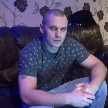 Piotr Ciepłuch, 30, Peterhead, United Kingdom