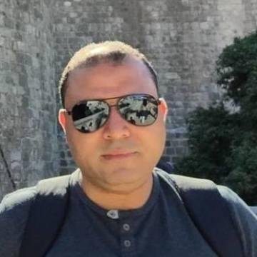 Walid Aly, 37, Ar Riyad, Saudi Arabia