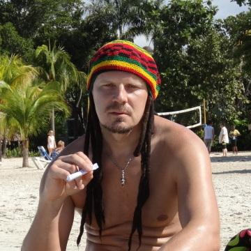 Vitalij Grinchishin, 46, Riga, Latvia