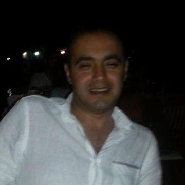 Emin Gündoğan, 38, Aydin, Turkey