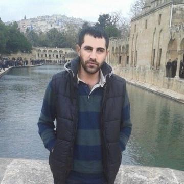Ayhan Tata, 27, Siverek, Turkey