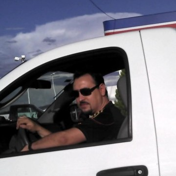 Mike Torres, 41, Guanajuato, Mexico