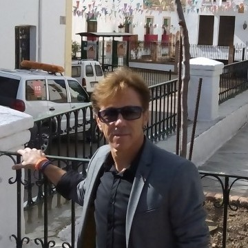 Enmannuel Escobosa, 46, Reus, Spain