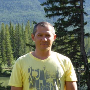 Vlad, 45, Calgary, Canada