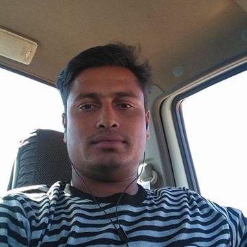 Otripto Mmi, 26, Bishah, Saudi Arabia