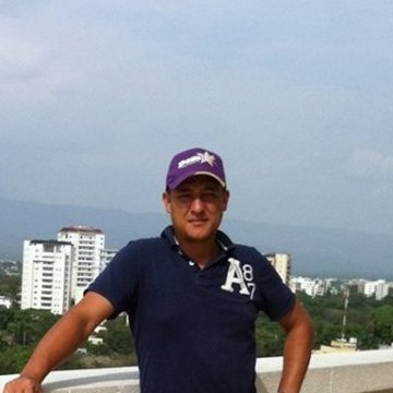 Oney Perez, 38, Santiago, Dominican Republic