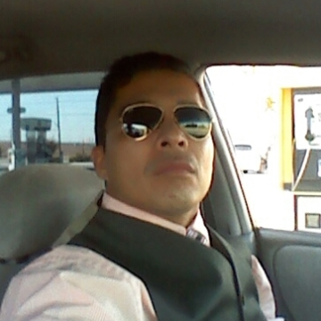 Carlos, 45, San Antonio, United States