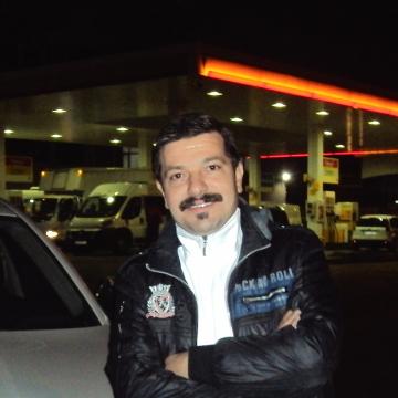 Hakan Alkan, 45, Istanbul, Turkey