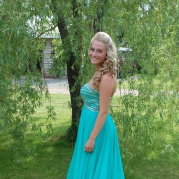 Emma, 21, Amherst, Canada