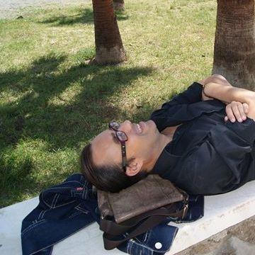 Dani Aguirre Romero, 44, Alicante, Spain