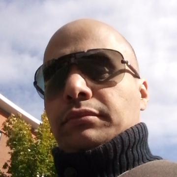 Samisami Sami, 43, Portsmouth, United Kingdom