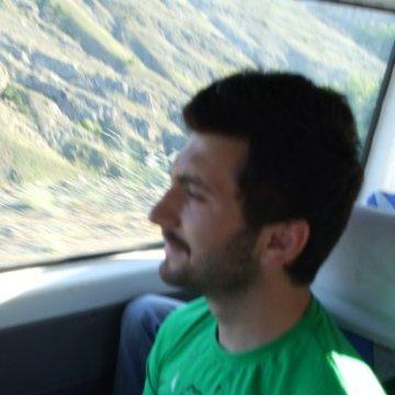 Ersan Çiçek, 30, Istanbul, Turkey