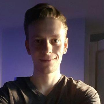 Tom Giles, 24, Chichester, United Kingdom