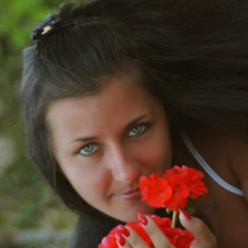 Tanya, 31, Saint Petersburg, Russia