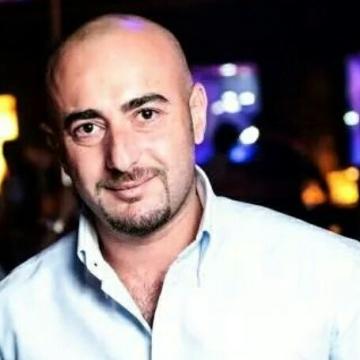 Khalifah Faouri, 36, Dubai, United Arab Emirates