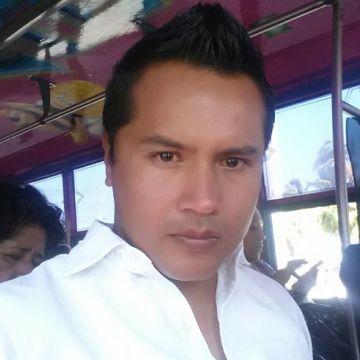 Ralph Lp, 31, Acapulco, Mexico