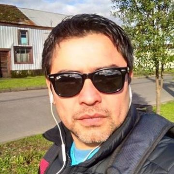 Francisco Sanhueza, 34, Temuco, Chile