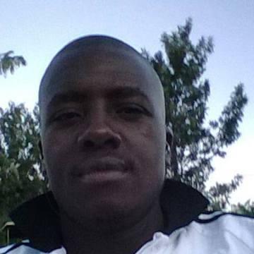 ALEX, 30, Nairobi, Kenya