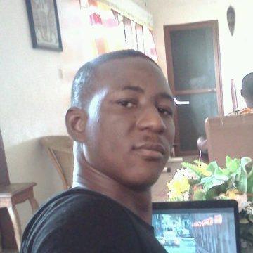 auximus, 31, Cotonou, Benin