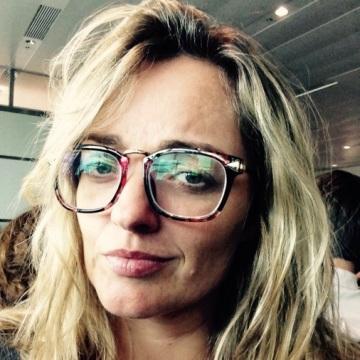 Ushi, 41, Rio, Brazil