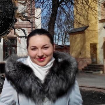 Александра, 21, Dneprodzerzhinsk, Ukraine