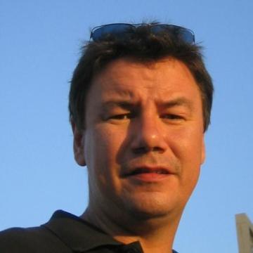 Mick Stevens, 48, Dubai, United Arab Emirates