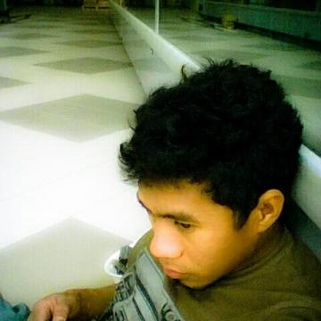 jeff vargas , 31, Abu Dhabi, United Arab Emirates