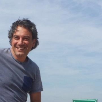 Marcelo Rodrigo Sanchez, 44, Santander, Spain