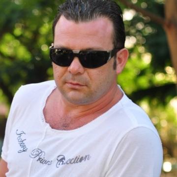 Oleg Smolyak, 42, Frankfurt am Main, Germany