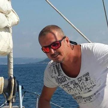 Nusret, 41, Istanbul, Turkey