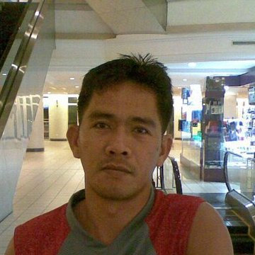 Erwin Rosas, 35, Daet, Philippines