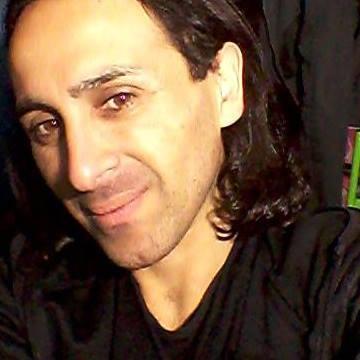 J Bahamondez, 36, Santiago, Chile