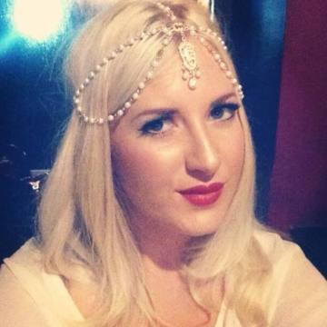 Amy, 27, Darwen, United Kingdom