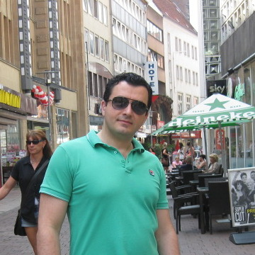 Otar, 37, Hannover, Germany