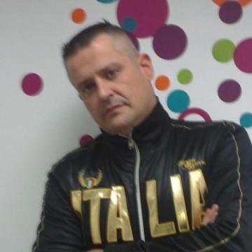 Juancarlos Perez Plasencia, 41, Valencia, Spain