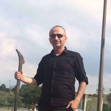 Selim Bayzan, 40, Istanbul, Turkey