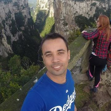 Marcelo Menezes, 32, Porto Alegre, Brazil