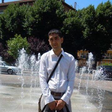 Adrian Adrian, 32, Udine, Italy