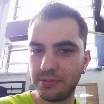 Daniele Mungiovi, 33, Mailand, Italy