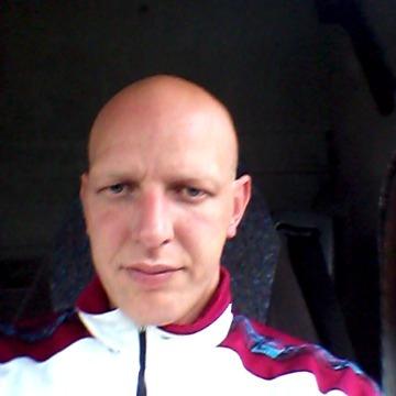 mauro, 37, Modena, Italy