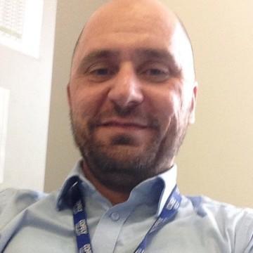 Maurizio Ravera, 45, Milano, Italy
