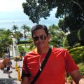 Alexsander Pereez, 39, Bogota, Colombia